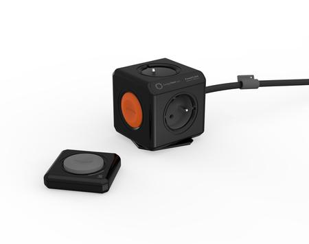 PowerCube Remote Extended 1,5 m + PowerRemote Set wariant czarny Allocacoc